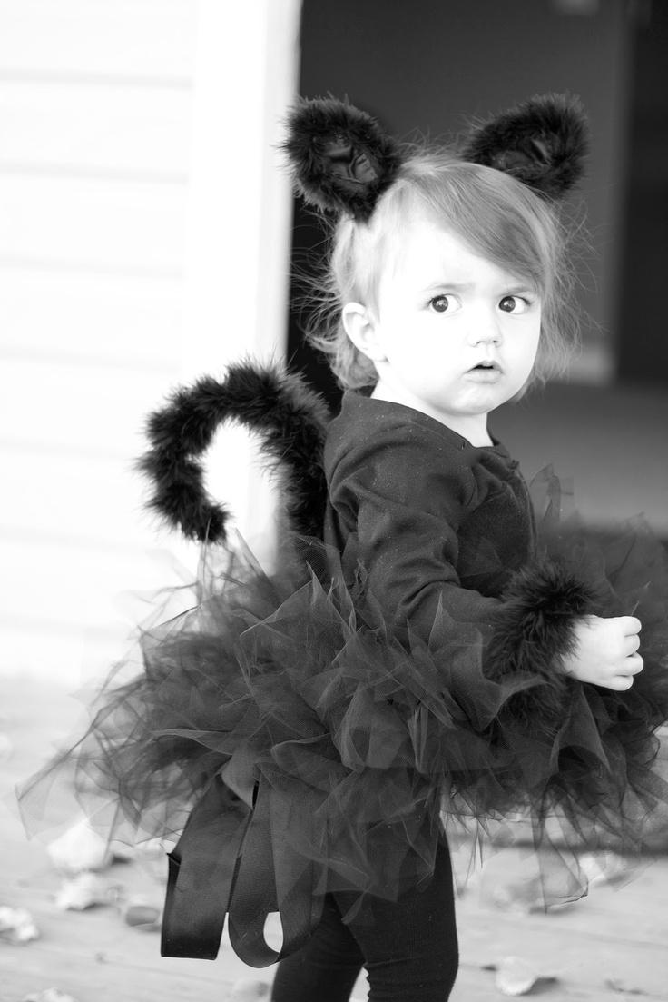 141 best Halloween images on Pinterest