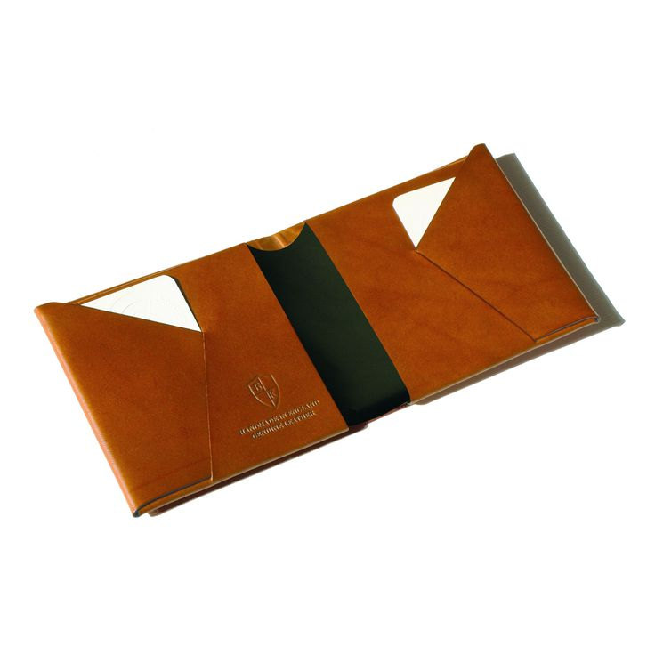 1940's vintage origami design technique, Bond & Knight wallets are made using a single piece of folded leather, with no stitching and no seams