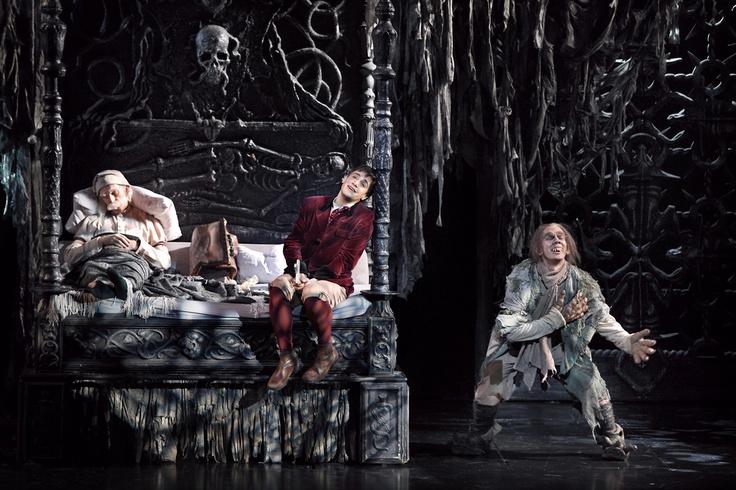 Roman Polanskis Meisterwerk - Das Musical Tanz der Vampire im Stage Theater des…