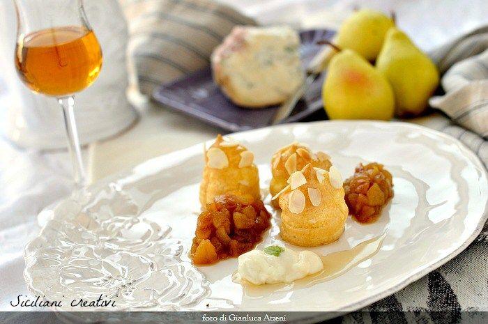 Bignè al gorgonzola dolce Dop, pere e caramello al passito
