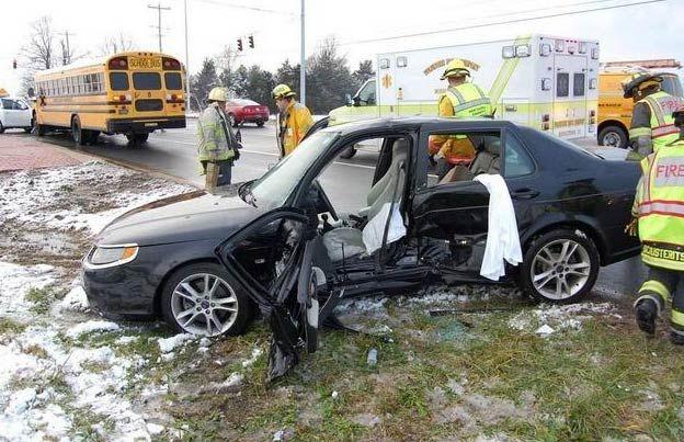 Man who ran red light in Nissan Pathfinder struck a 2008 SAAB 9-5 http://www.saabplanet.com/man-who-ran-red-light-in-nissan-pathfinder-struck-a-2008-saab-9-5/