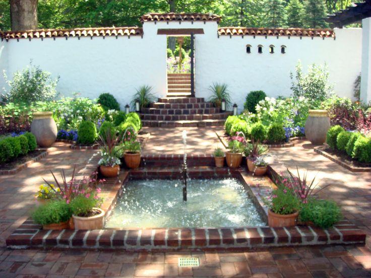 Spanish Courtyard at Froh Heim | Delicious | Jennifer Rafieyan | Flickr