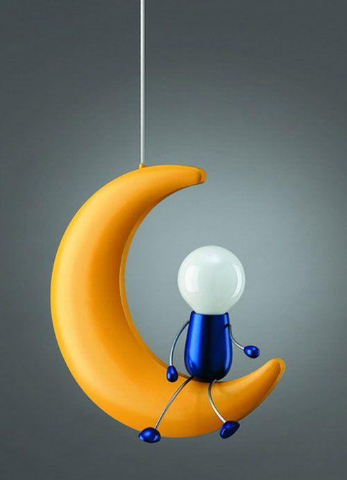 Lampadario per la cameretta di bambini a forma di mezza luna