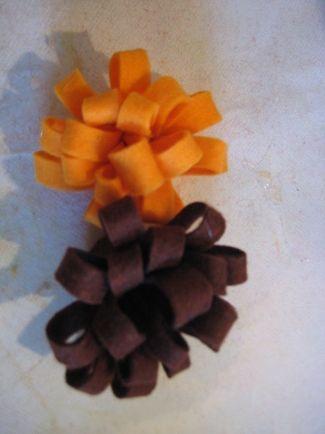 Virág filcből, nemezből - AjaDesign - Újrahasznosítás kreatívan