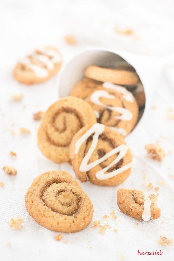Dieses Rezept für Zimtschnecken-Kekse ist ein echter Dauerbrenner! Wer den Duft und den Geschmack von Zimt mag, wird sich sofort verlieben!