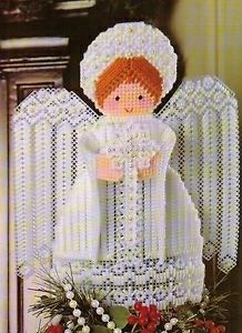 Treetop Angel from Deck the Halls in Plastic Canvas Book 3