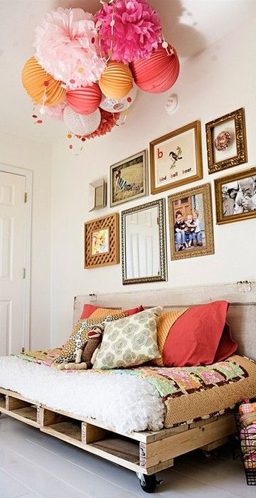 this pom cluster is the inspiration for my girls room...love love love it!