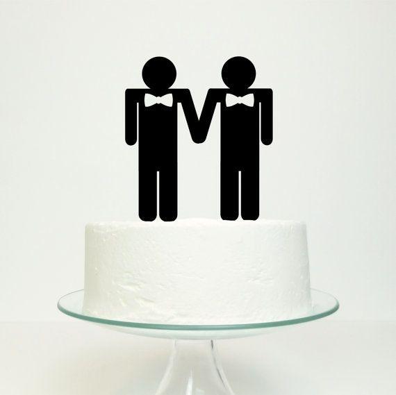 Een homo bruidstaart topper, de bruidegoms gekleed met strikjes op top van uw taart.  Het ontwerp van de bruidsparen zou perfect zijn voor een verlovingsfeest, een bruidstaart of een verjaardag. Het zou ook een mooie romantische gift en is een snelle en gemakkelijke manier om vervolmaak elke taart.  Het is ontworpen door Miss Cake en zal worden gemaakt op bestelling in uw kleurkeuze.  De beschikbare kleuren zijn: zwart, wit, navy, royal blauw, turquoise, paars, rood, fushia, bleke roze…