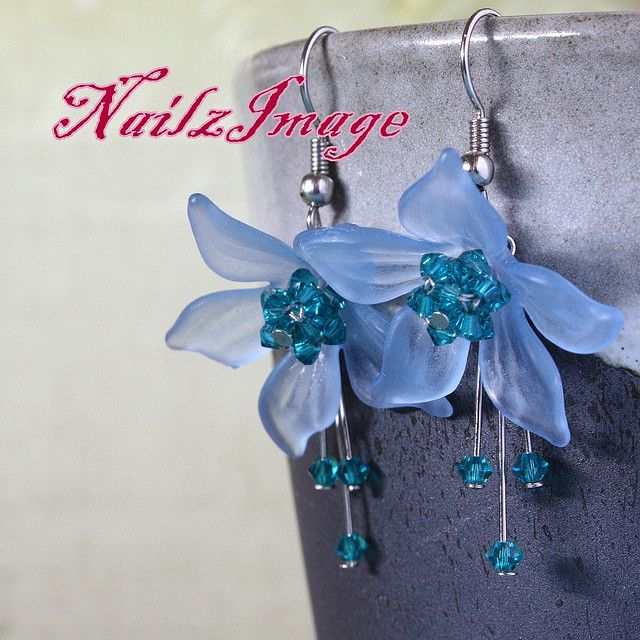 Lucite Flowers Earrings, Daffodil (ELFDA01)   Lucite Flowers Earrings, Daffodil (ELFDA01) by NailzImage by Michelle Yip, via Flickr