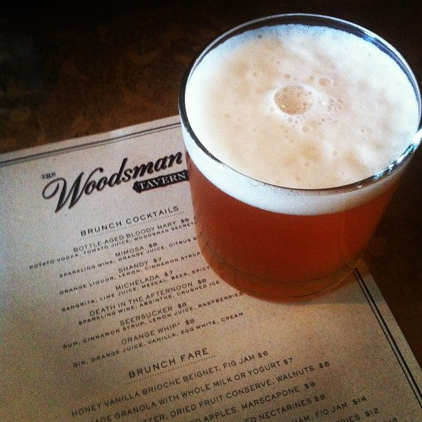 The Woodsman Tavern : 45th & Division