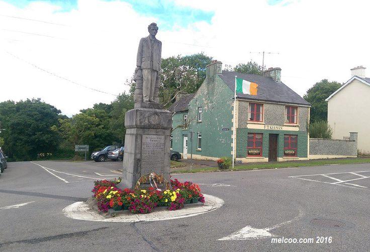 Seán Mac Diarmada statue by Albert Power