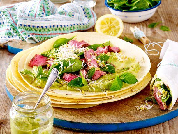 Unser beliebtes Rezept für Burrito mit Roastbeef, Avocadocreme und Spinat und mehr als 55.000 weitere kostenlose Rezepte auf LECKER.de.