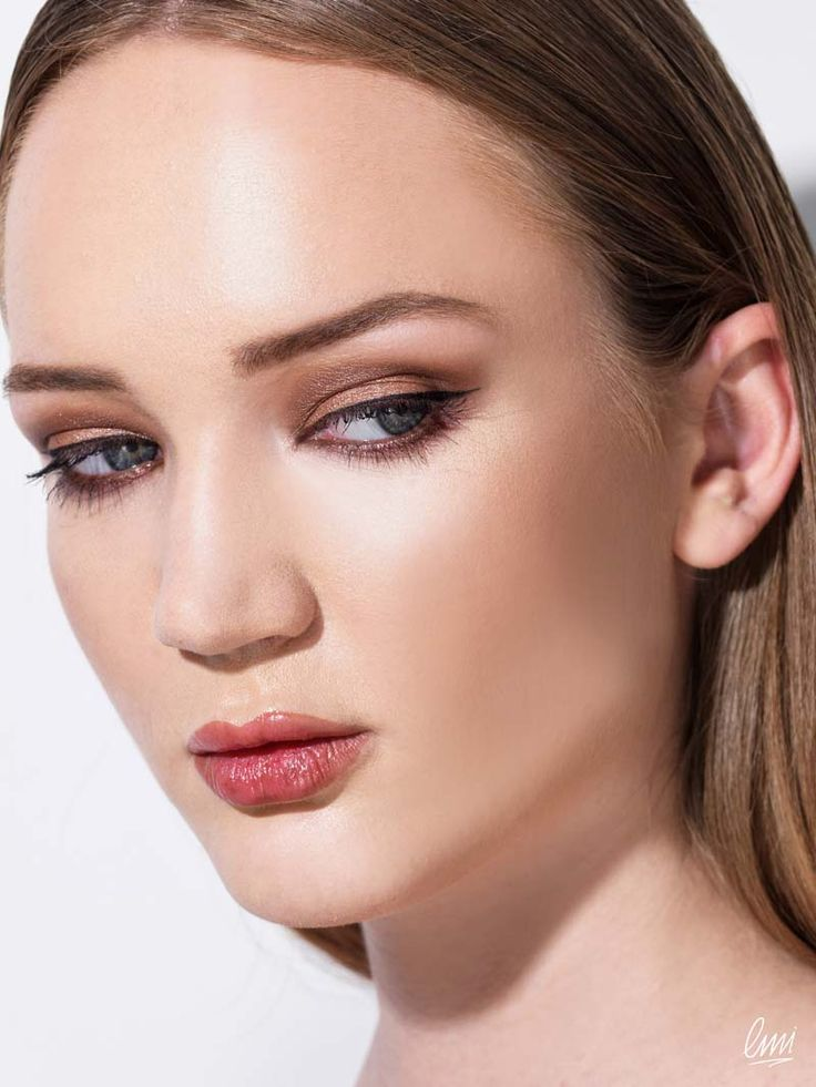 Brown smokey eye make-up! Work from LMI students!