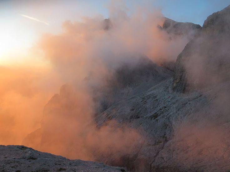 #Südtirol #Altoadige #Dolomiti #Dolomites #PalediSanMartino #Mountain #Klettersteig #ViaFerrataBolver-Lugli #Nebel #Fels