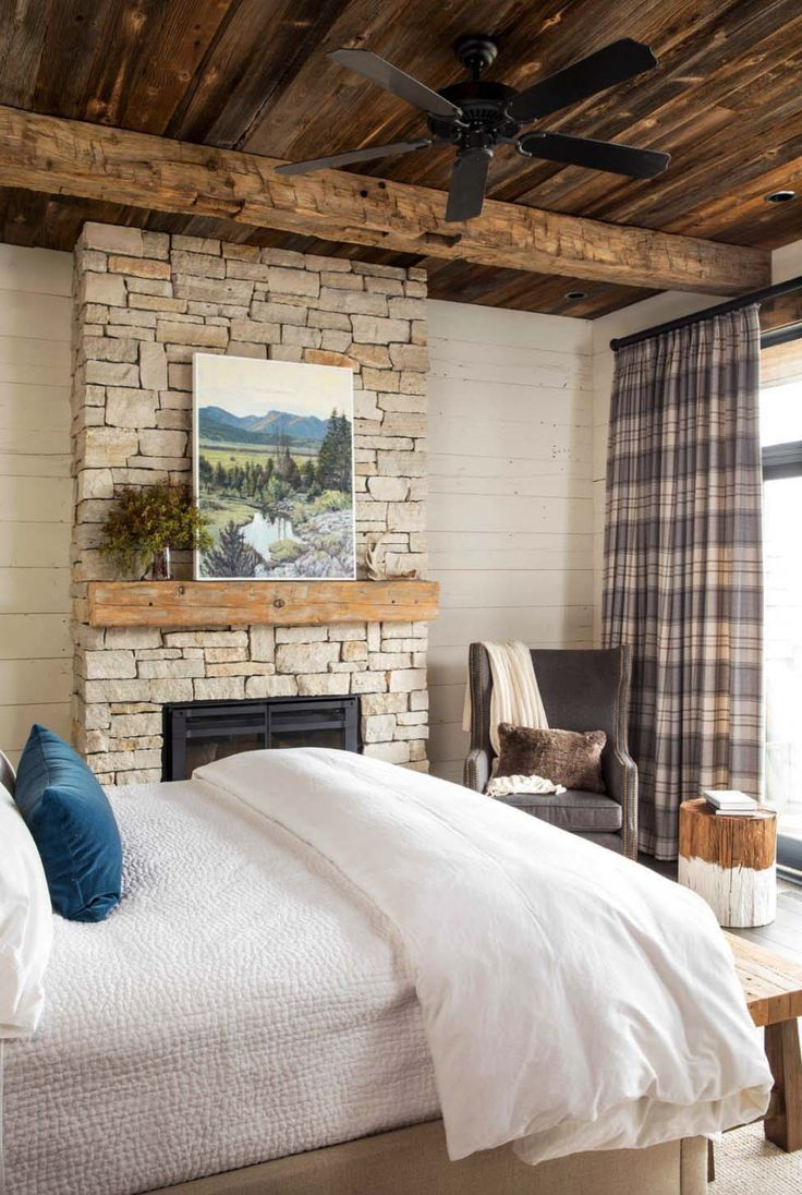 Rustic lakeside retreat in Wisconsin features inviting design details