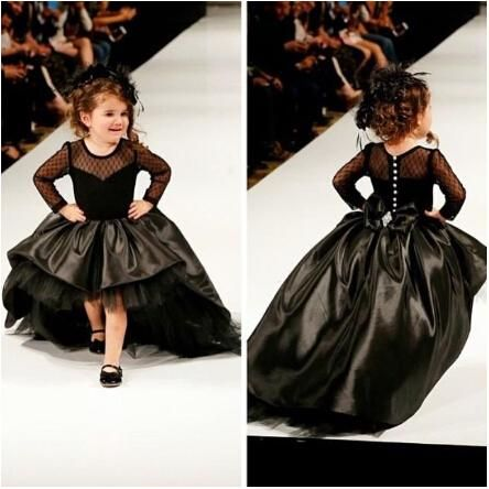 2016 Cupcake Princess Ball Gown Black Taffeta High Low Girl Pageant Dresses with Long Sleeves Fashion Kids Formal Wear Prom Gowns