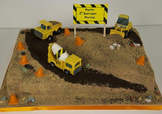 construction site birthday cake toronto by www.fortheloveofcake.ca, via Flickr