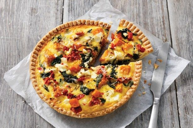 This vegetarian quiche is perfect for a weeknight dinner and the leftovers make a great work lunch as well.
