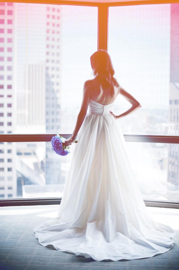 Love her flowy dress!