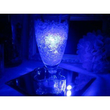 Vedenkestävät led valot : Useissa väreissä. www.partybubble.fi