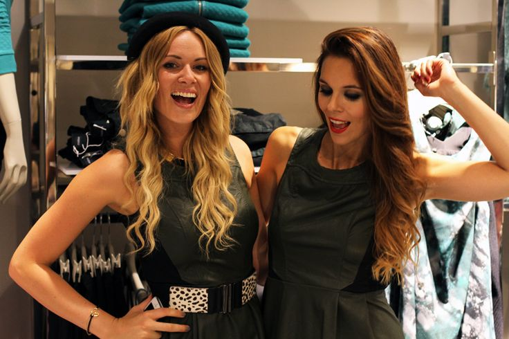 Gorgeous fashion bloggers Irene Colzi and Nikol Moravcova striking a pose at Motivi VFNO2013