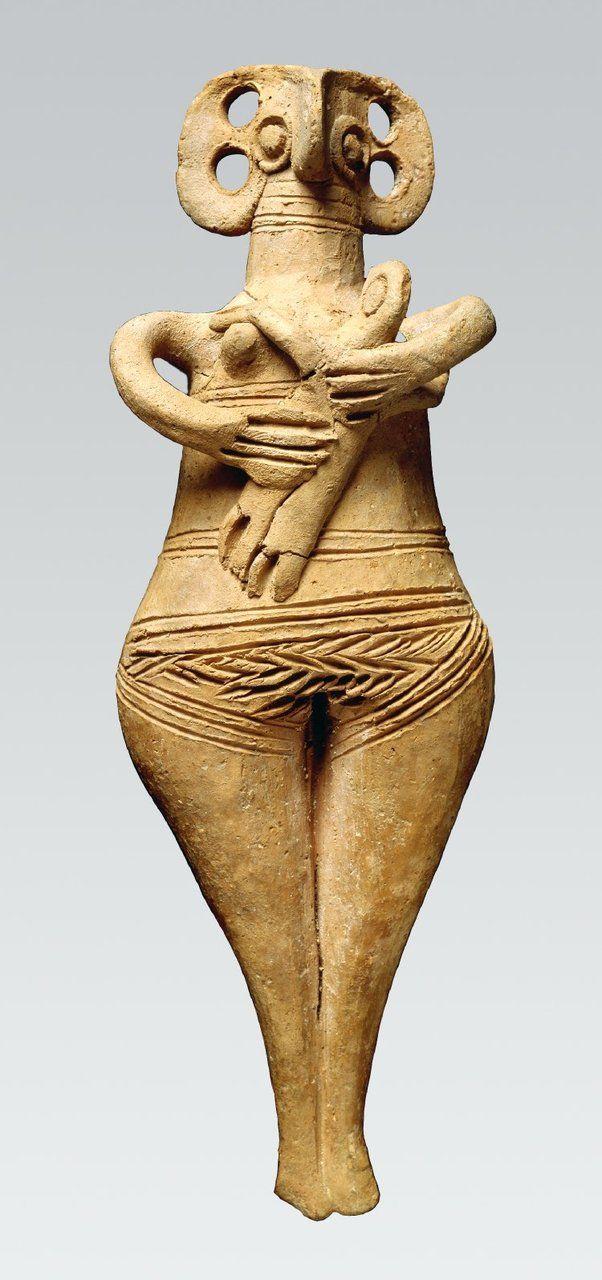 Terracotta female figure holding infant. Enkomi, Cyprus, 1450BC-1200BC (British Museum)