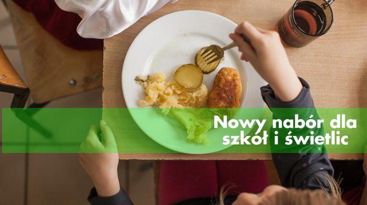 Zapraszamy do składania wniosków o dofinansowanie dożywiania dzieci na rok szkolny 2015/2016  O pomoc w sfinansowaniu posiłków mogą zwracać się szkoły podstawowe, gimnazja i samodzielne świetlice.  Czekamy na Wasze zgłoszenia! Wejdź na: http://www.pajacyk.pl/#akcje-specjalne
