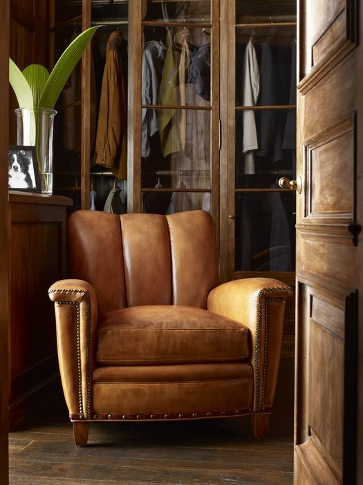 Masculine Décor - Furniture Stores in Knoxville - Braden's Lifestyles Furniture - Hancock and Moore Furniture - Tulip Chair