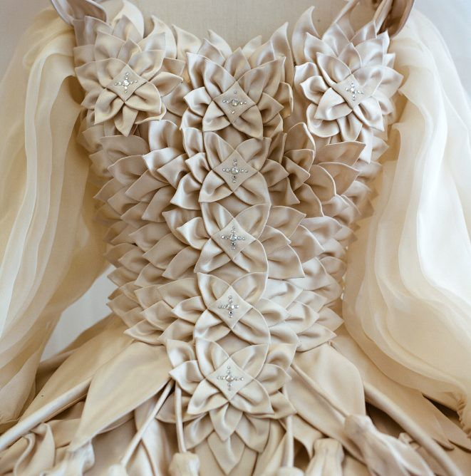 Eiko Ishioka-- Blancanieves: el espectacular vestuario de Eiko Ishioka | Fashion Mix
