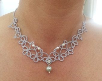 Tatted necklace with white pearls