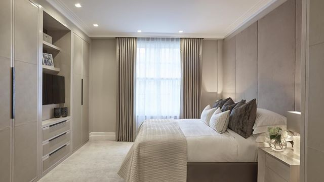 Instagram media by laurahammett.interiors - Master bedroom at another of our Marylebone projects from last year #bedroom #interiordesign #interiorarchitecture #interiorstyling #luxuryinteriors #homedecor #laurahammett