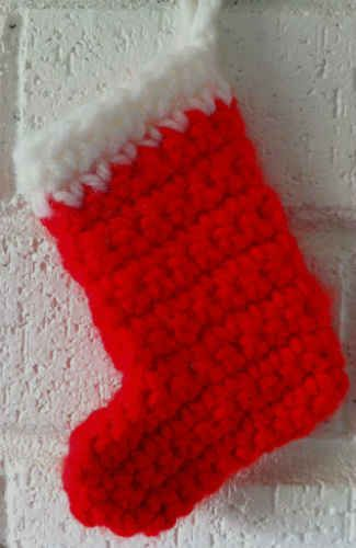 Mini Red Stocking – Free Crochet Pattern ..These would be fun to decorate with beads,sequins,lace..etc!