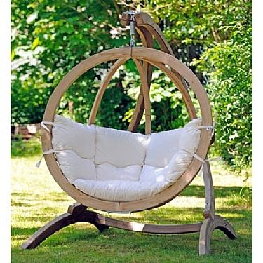 Wat een gave lounge stoel voor in de tuin! Helaas te groot voor op mijn balkon :-(