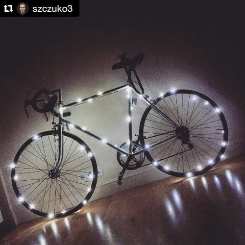 Christmas is coming  @szczuko3 our #homie  #rcbvelocustom #RCBDESIGN #MADEINPOLAND ⚠  #velo #velocustom #cycle #cycling #singlespeed #fixed #fixedgear #cyclenation