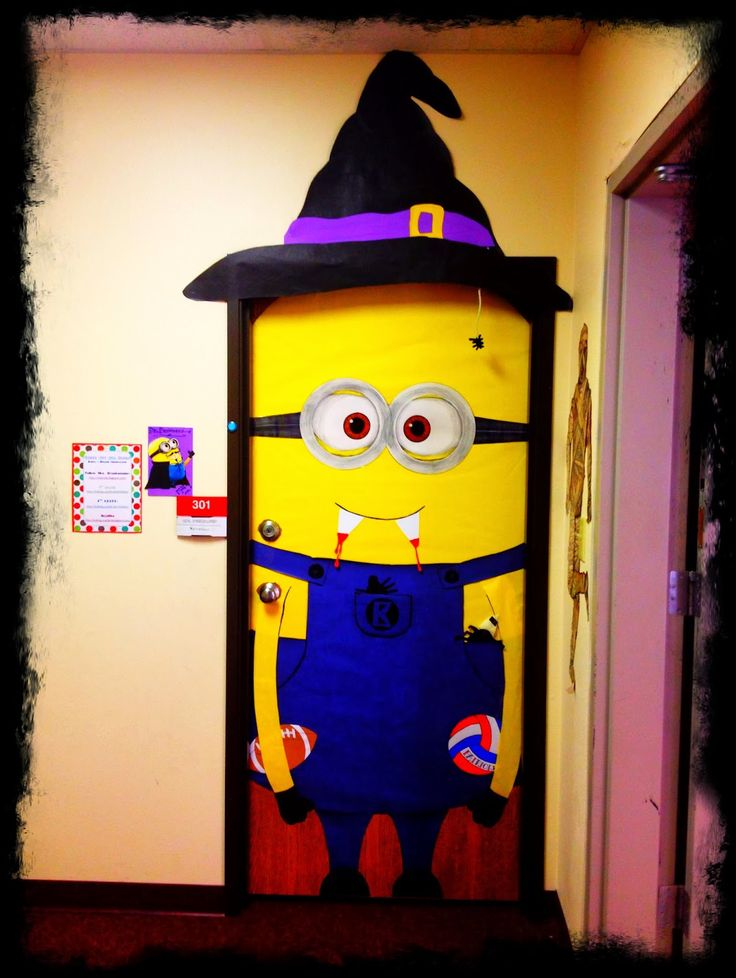 busy bs keeping it creative in the classroom minions by the season halloween classroom doorminion - Creative Halloween Door Decorations
