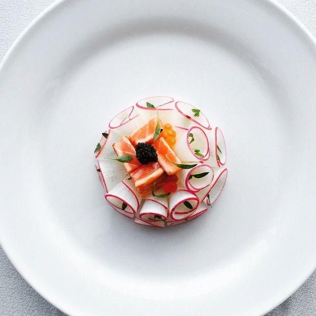 Fumé de saumon #cuisine #france#francefood#フランス料理#chefstalk