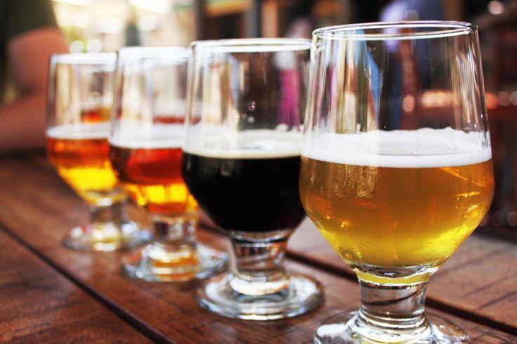 Egal, ob Weißbier, Bockbier oder Kölsch, jede Biersorte hat ihren eigenen Geschmack. Wir haben für dich die beliebtesten Sorten unter die Lupe genommen. Kennst du sie alle?