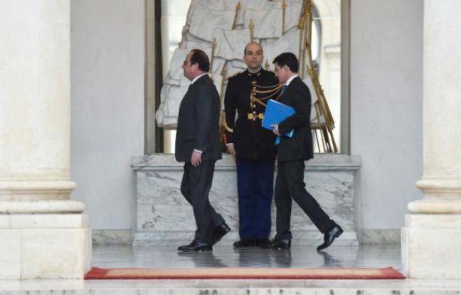 Popularité: François Hollande et Manuel Valls touchent (encore) le fond
