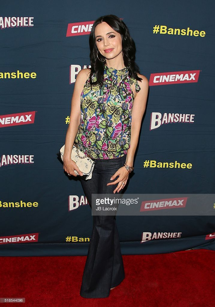http://media.gettyimages.com/photos/actress-eliza-dushku-attends-the-premiere-of-cinemaxs-banshee-4th-at-picture-id518544096