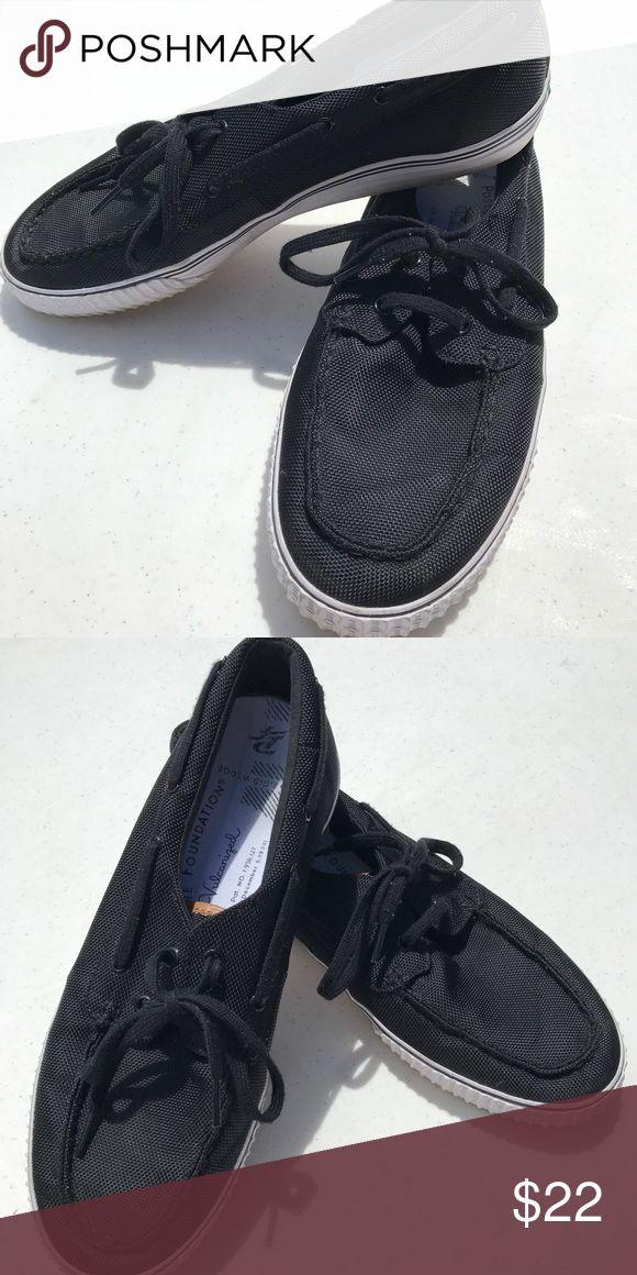 PF Flyers men's black boat shoes Sz:11.5 PF Flyers men's black boat shoes Sz:11.5 PF Flyer Shoes Loafers & Slip-Ons