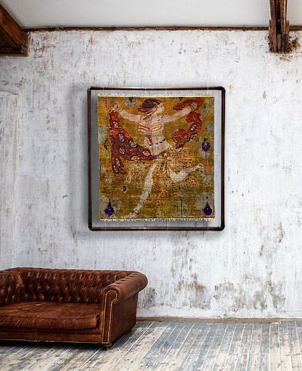 Inspired by L. Bakst Construction:  Hand-tufted rug  Material: Rug: 100% Fruit Silk, India Frame: Copper Tube Size: 100x100 Density: knots per meter 320x320