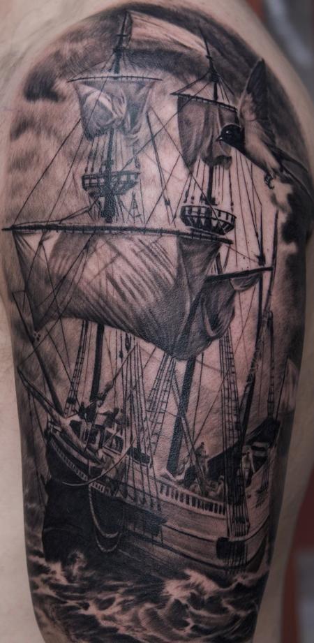 IΩK - Remis Tattoo - Ship Tattoo