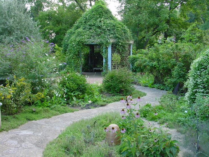 Roses In Garden: 1000+ Images About Westerville, Ohio On Pinterest