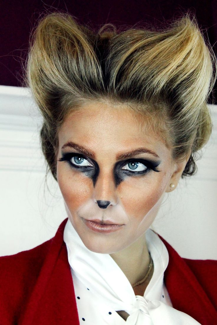 Be a foxy lady this Halloween with fox makeup.