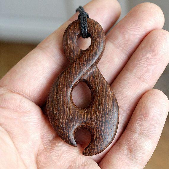 HECHA para, toque madera, collar del infinito, colgante infinito, giros maoríes, colgante maorí, madera de la joyería, pikorua maorí, Pikorua collar