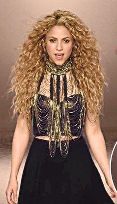 """Shakira """"La La La (Brazil 2014)"""