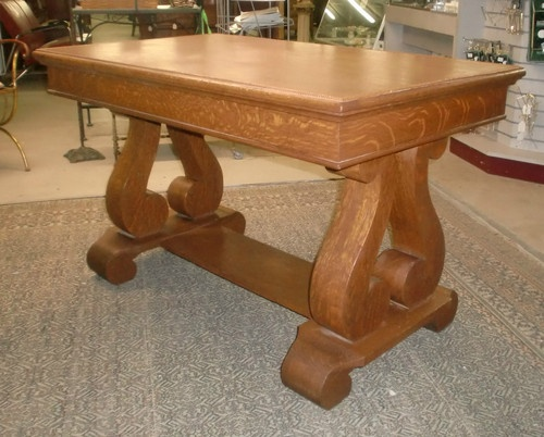 Antique Oak Library Table--have wanted one of these for as long as I can remember but alas, no room.  Love quarter-sawn oak.