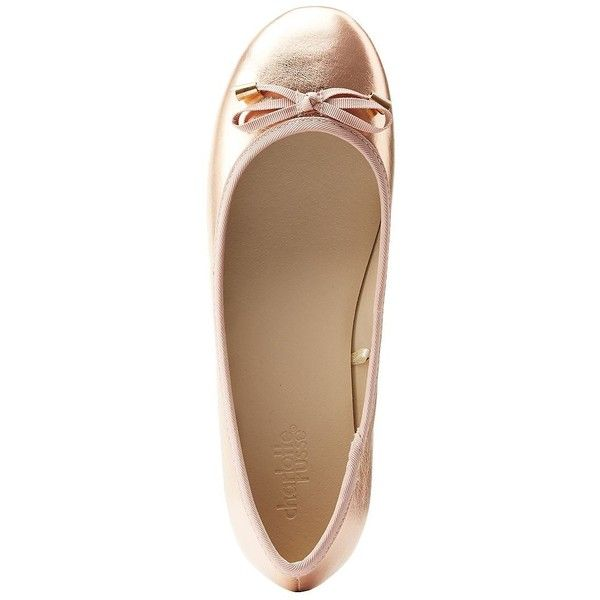 Charlotte Russe Metallic Ballet Flats (16 AUD) ❤ liked on Polyvore featuring shoes, flats, rose gold meta, ballerina shoes, round toe flats, ballet pumps, bow flats and charlotte russe flats