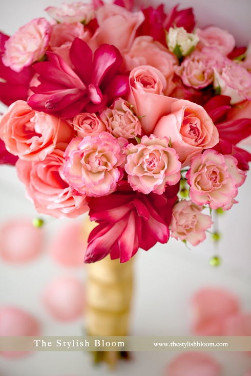 Love the bright pink flowers in this bouquet