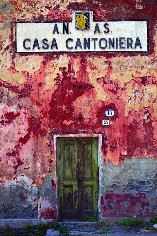 casacantoniera by Vincent Teriaca on flickr